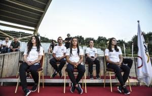 Kosovo Olympics representation is composed of 8 people: Majlinda Kelmendi (judo), Nora Gjakova (judo), Urata Rama (shooting), Vijona Kryeziu (athletics),, Rita Zeqiri (swimming), Musa Hajdari (athletics), Qëndrim Guri (cycling ) and Lum Zhaveli (swimming), who was not present at the ceremony. Nora Gjakova (xhudiste), Urata Rama (shenjtare), Vijona Kryeziu (atlete), Lum Zhaveli (notar), Rita Zeqiri (notare), Musa Hajdari (atlet), Qëndrim Guri (çiklist), dhe dy trajnerët, Driton Kuka dhe Enver Hajredini.