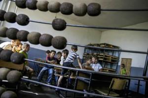 KOSOVO. Vushtri;Verri 28 Nentori school. Photo: Atdhe Mulla.