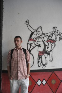 Bardhyl Dobroshi, mural painter. 10.06.15, Mitrovica