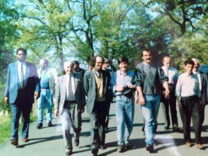 The Albanian American League hosted Rigova in 1990. From the left Shaqir Sahiqri, Ibrahim Rugova, Jusuf Buxhovi, Anton Berisha, Halil Matoshi.