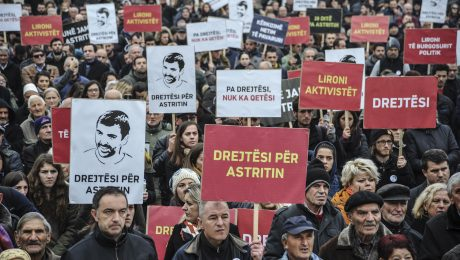 Citizens protested in Prishtina on Thursday, demanding an independent investigation into the death in custody of opposition activist Astrit Dehari.