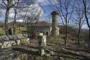 The old mosque may have lost its minaret during the Balkans Wars of 1912-1913. | Photo: Atdhe Mulla